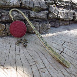 bordo-masnis-textil-rez-konyvjelzo